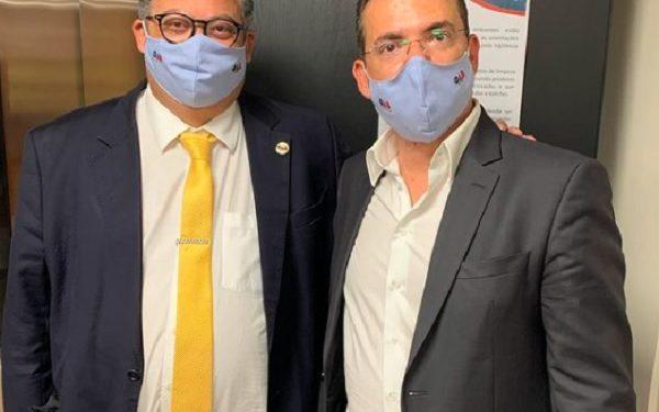 Ivan Cunha (à esq) com José Nelson Salerno, na OAB-SP. Foto: Divulgação